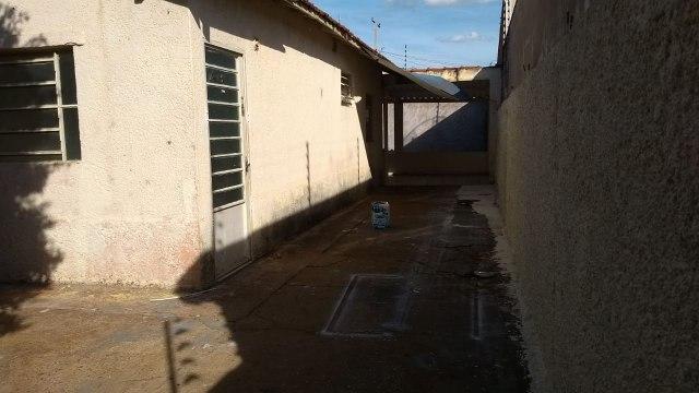 Rua Leodegario Gomes de Souza n° 641 – Cohab Bartolo Rossafa
