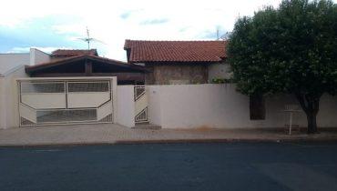 Rua 06 n° 430