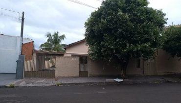 Rua 20 n° 775 Frente – Centro