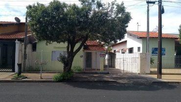 Rua 15 n° 1095 – Centro