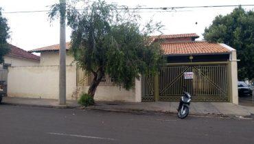 Rua 17 n° 1012 – Centro